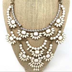 Claire's Statement Necklace Ivory & Rhinestone